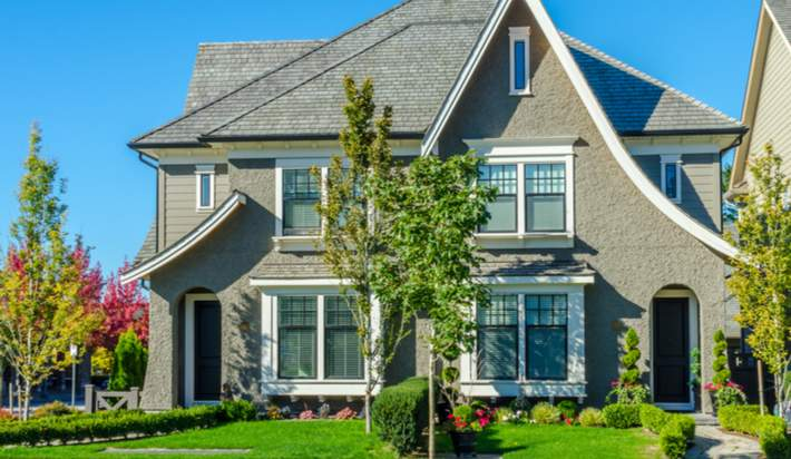 Turn Real Profits by Flipping Houses